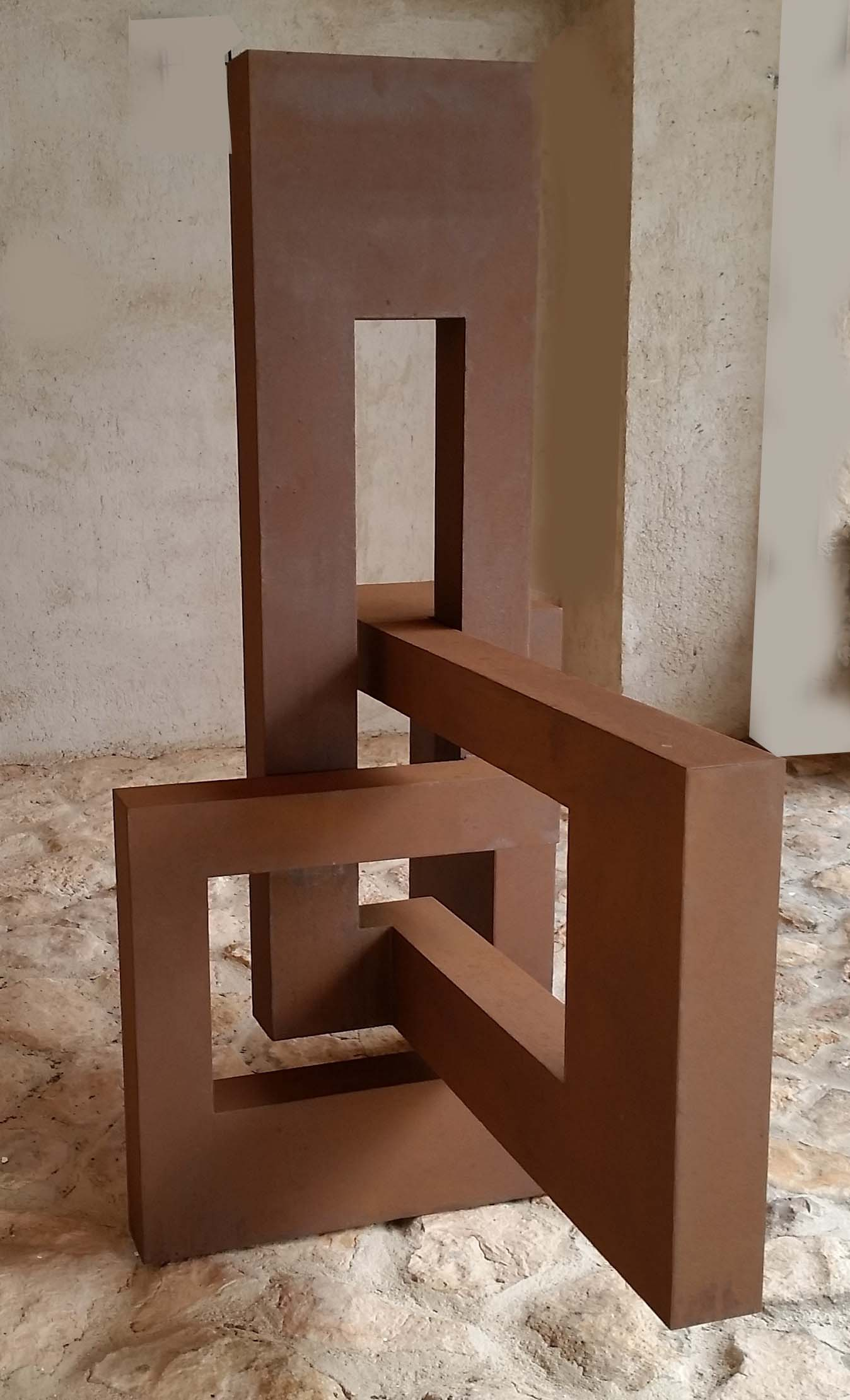 figura en acero corten x x cm disponible euros